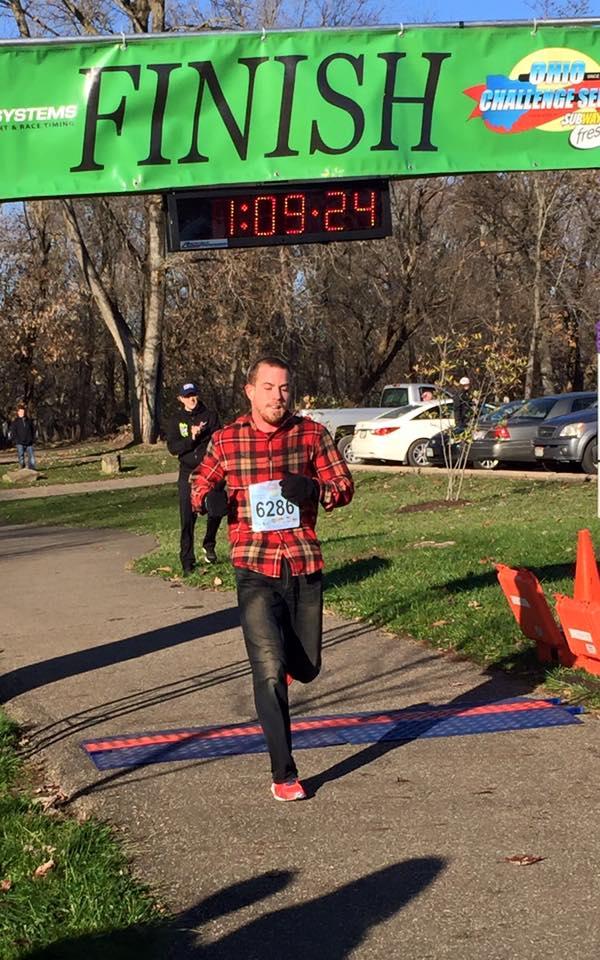 Tony Migliozzi - jeans and flannel half-marathon win