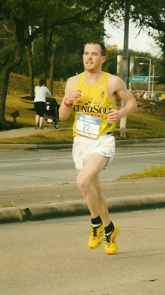 Tony Migliozzi - setting his 21727 PR at the 2015 Houston Marathon