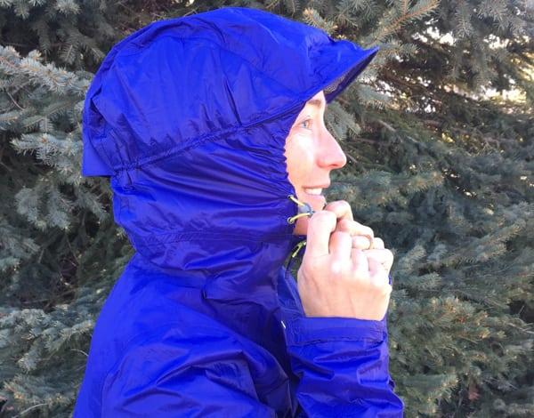 Ultimate Direction Women's Ultra Jacket hood