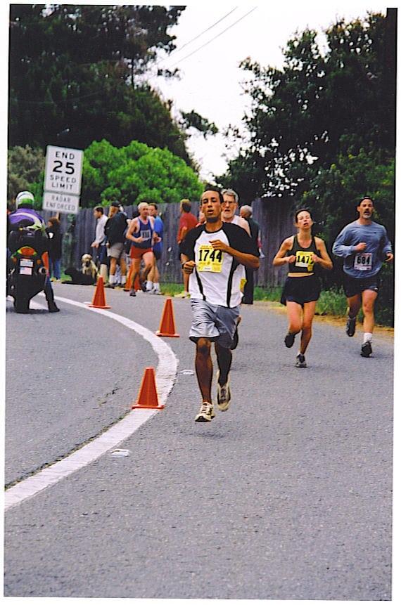 Alex Varner - 2003 Dipsea Race in basketball shorts
