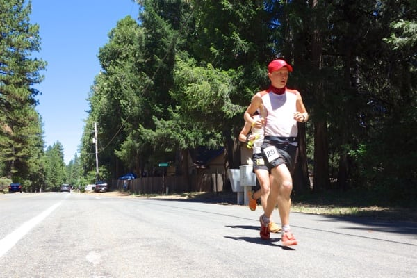 2016 Western States 100 - Andrew Miller - Foresthill