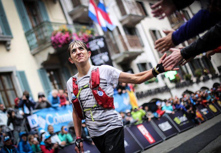 Xavier Thevenard finish - Kirsten Kortebein - 2017 UTMB 17
