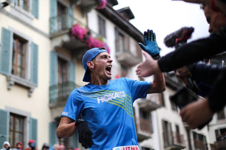 Tim Tollefson finish joy - Kirsten Kortebein - 2017 UTMB 15