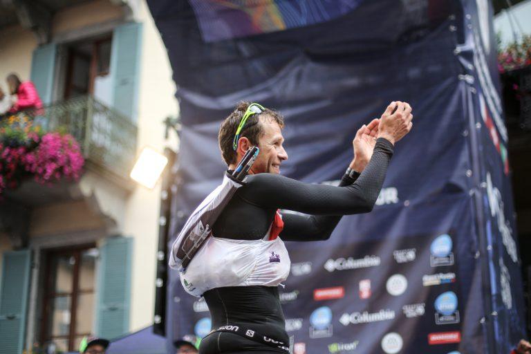 Francois D'haene finish joy - Kirsten Kortebein - 2017 UTMB 12