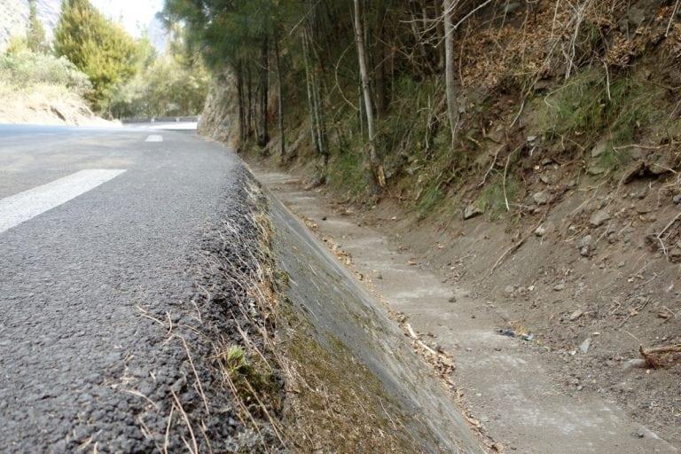 La Reunion - example road drainage ditch
