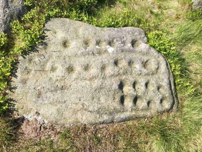 photo 6 - cup and ring marked rock on Ilkley Moor
