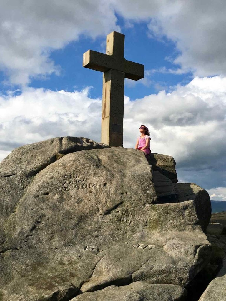 photo 10 - the Rylstone Cross