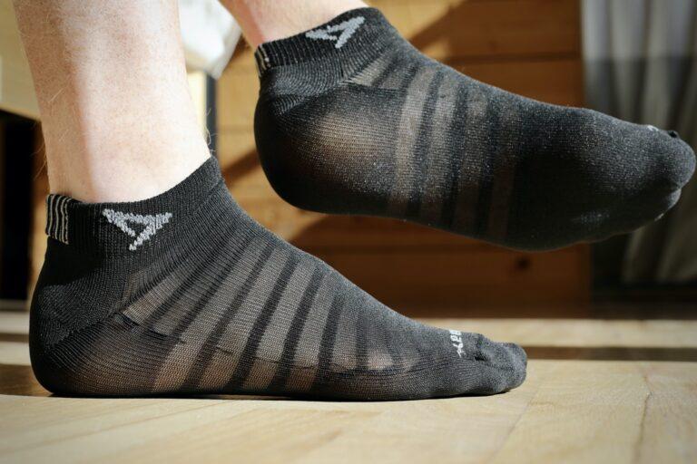 Drymax Hyper Thin Running Mini Crew Socks