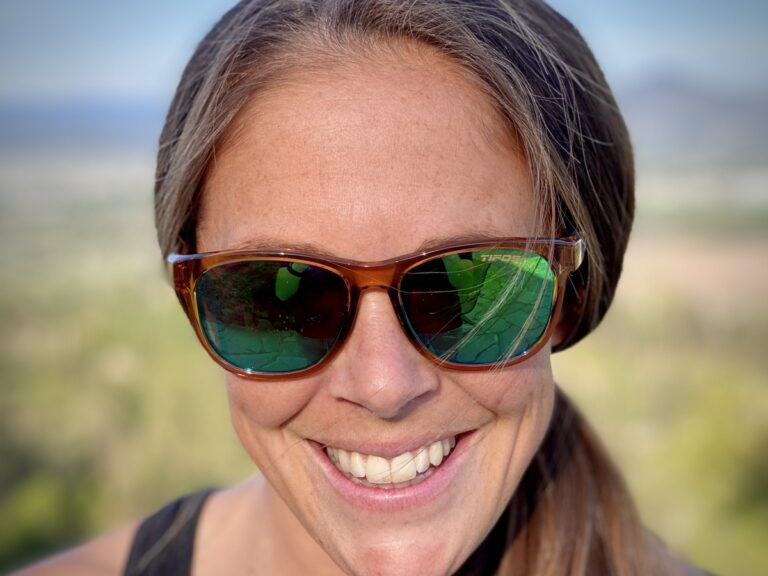 Tifosi Swank sunglasses front