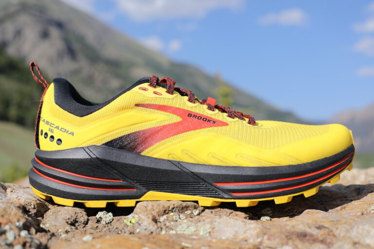 Brooks Cascadia 16 Lateral view