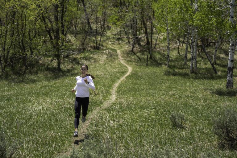 Altra Lone Peak Anniversary - women's lifestyle