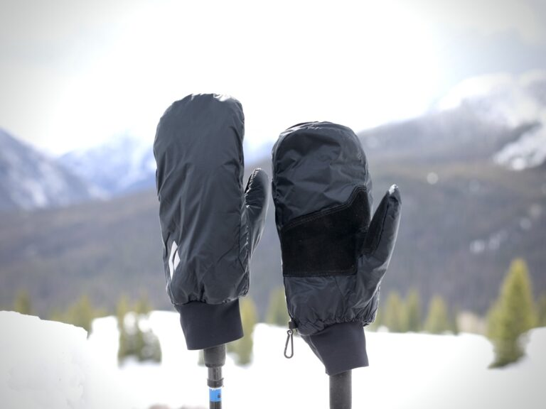 Black Diamond Stance Mitts - in the field