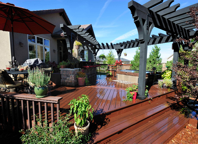 Beautiful Deck - Common form of Landscape Design
