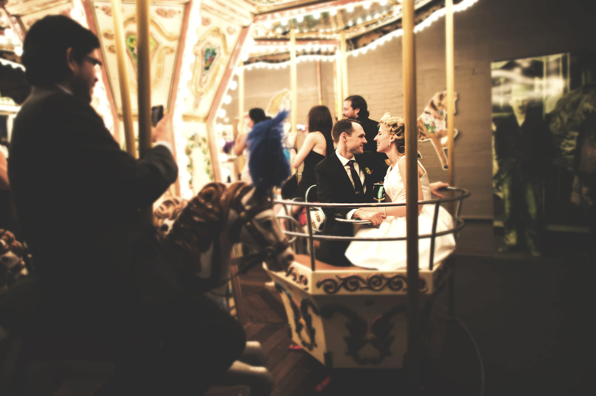 Wedding photographer, Merry Go Round