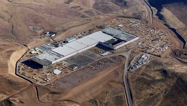 Fábrica de baterias da Tesla dobrará capacidade de produção mundial