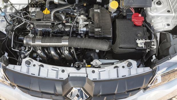 SOLUÇÕES BARATAS Motor 1.0 é econômico. Reservatório de partida a frio é conjugado com o do lavador de para-brisa (FOTO ABAIXO)