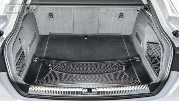 Porta-malas tem 480 litros de capacidade