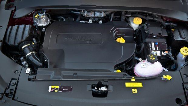Motor Multijet II de 2 litros e 170 cv dá conta do recado