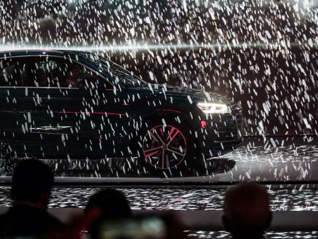 Efeitos especiais na apresentação da Audi em Paris