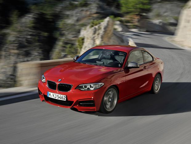 BMW M235i chega ao Brasil por R$ 229.950