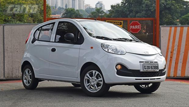 Carismático, Chery QQ tem sido a escolha de quem faz questão de um carro zero-quilômetro barato – pelo menos, até agora