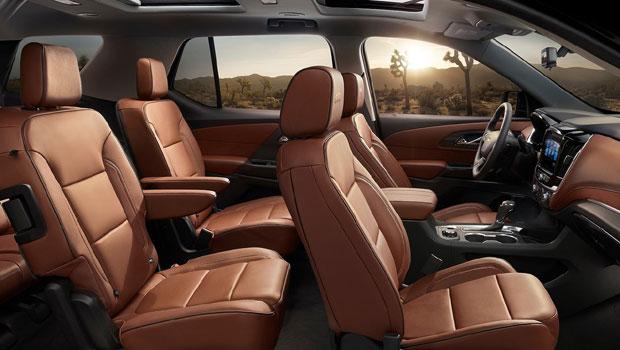 SUV tem configuração para até oito lugares