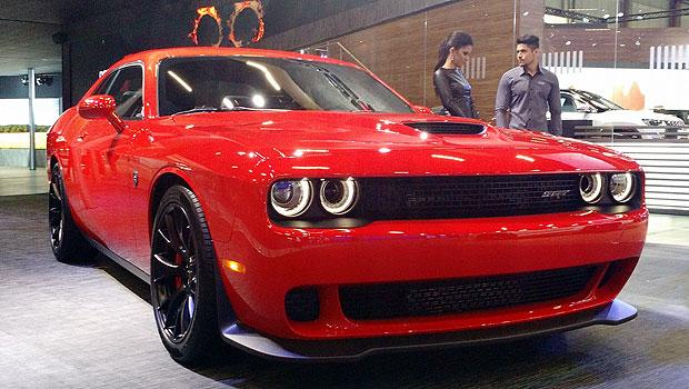 Dodge Challenger Hellcat: no salão, mas a passeio