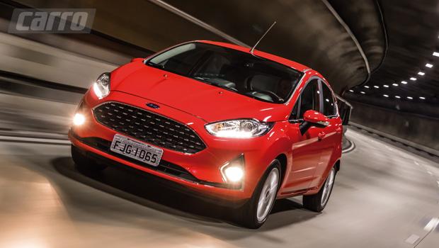 Ford New Fiesta recebe atualizações de meia-vida enquanto a concorrência se renova por completo