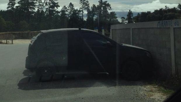 Forte camuflagem do carro dificulta identificar desenho do carro