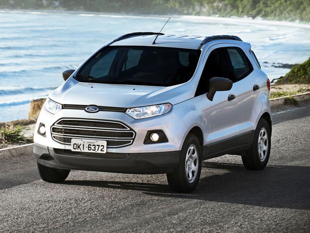 O visual é um dos principais atrativos do Ford EcoSport, mas o modelo, mesmo na configuração SE, traz uma boa relação de equipamentos de série