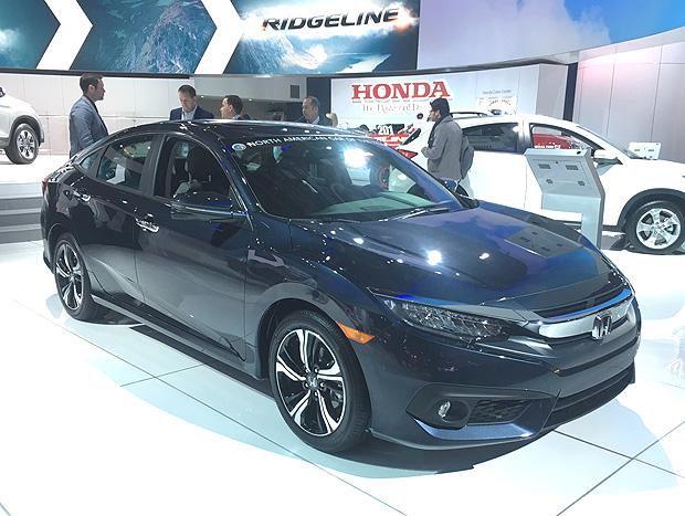 Honda Civic Touring poderá vir ao Brasil para brigar com modelos premium