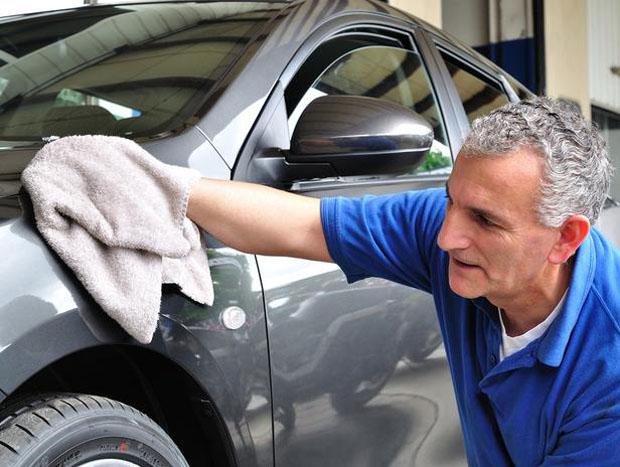 Confira as dicas para conservar a pintura do seu carro