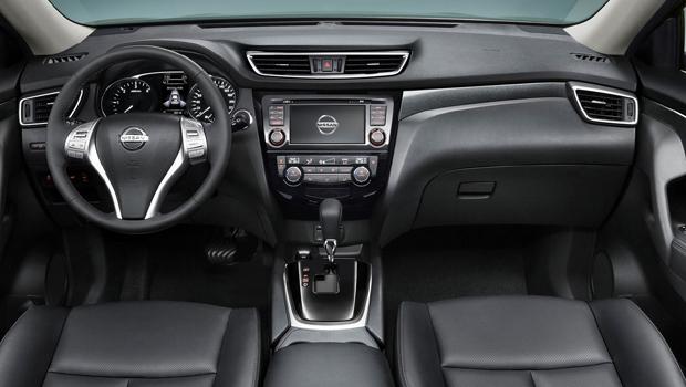 Acabamento da cabine segue carcaterísticas de outros modelos Nissan
