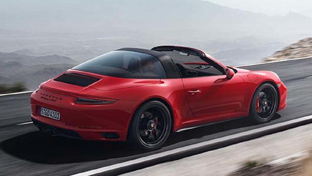 Versão GTS do 911 Targa adota o arco da coluna B na cor preta