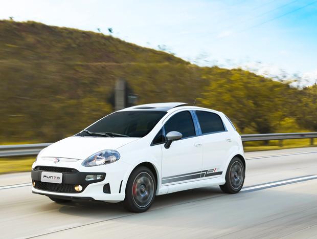 Quem se preocupa com o desempenho e o prazer ao dirigir em primeiro lugar tem no Fiat Punto T-Jet a opção certa entre os hatches