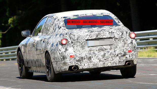 Camuflagem pesada dificulta análise visual do carro