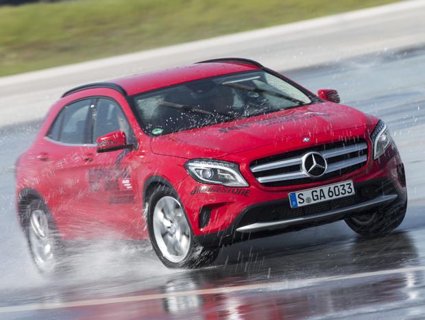 Mercedes-Benz ainda não confirmou participação do Brasil no recall