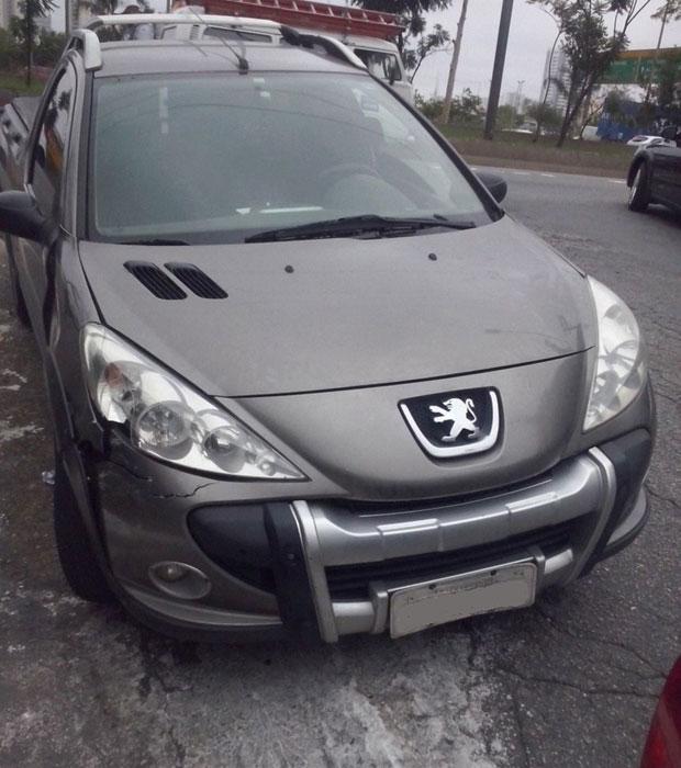 A picape da Peugeot foi multada 1.833 vezes