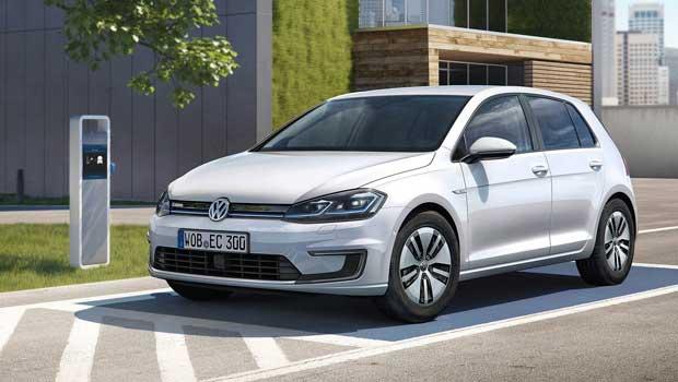 Volkswagen e-Golf 2017 roda 200 km com uma carga
