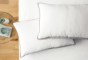 The Saatva Pillow