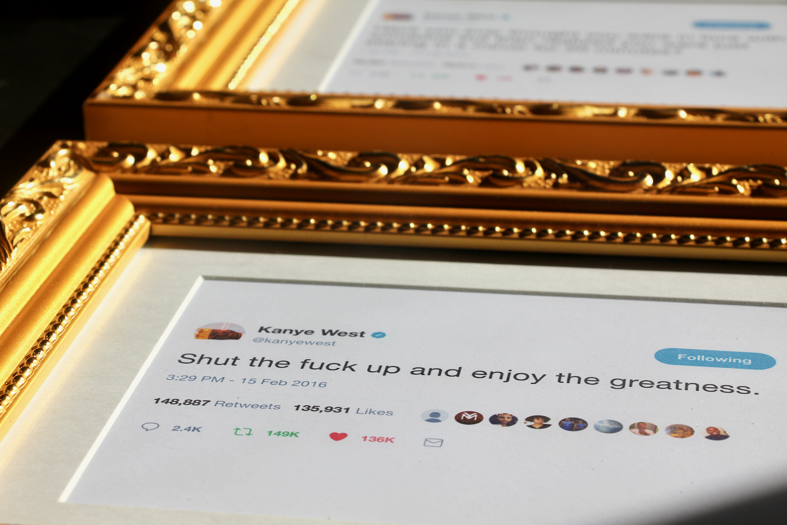 how-i-stumbled-into-a-300k-business-framing-tweets