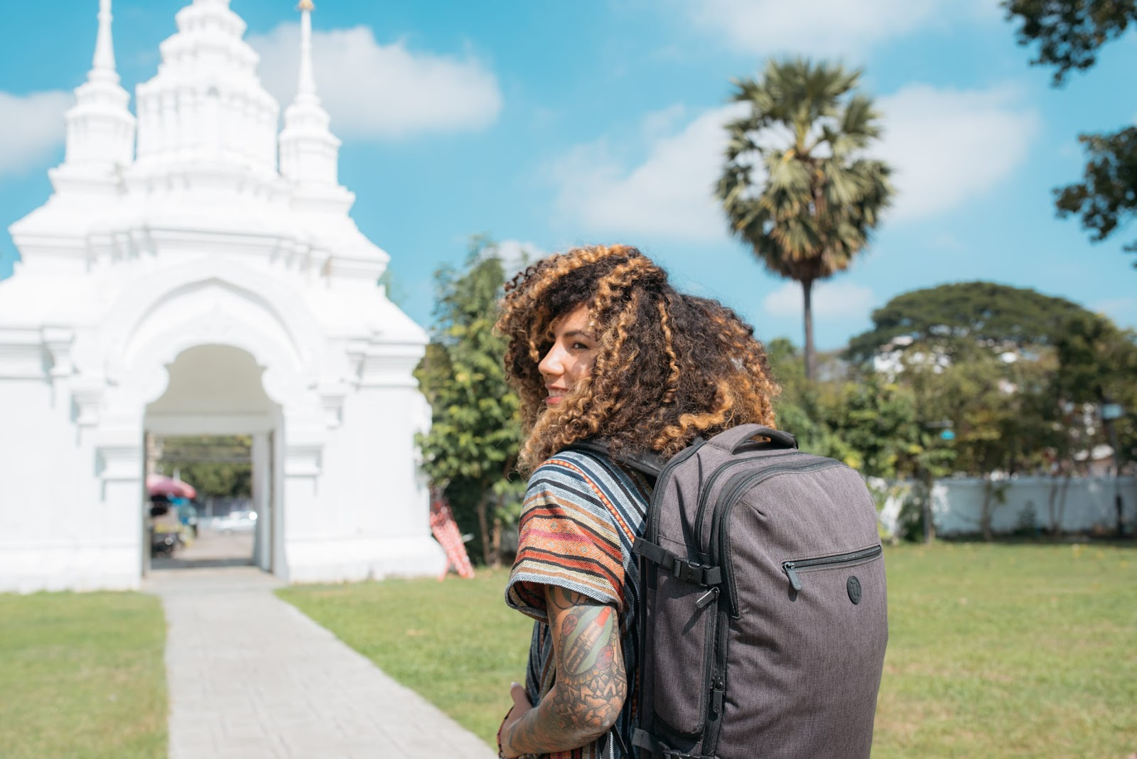 how-we-started-a-300k-month-business-selling-our-carry-on-travel-backpacks