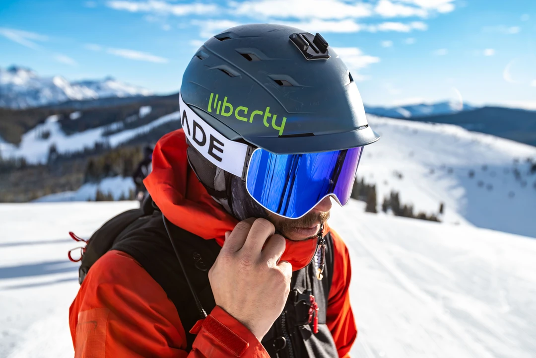 how-i-started-a-70k-month-premium-ski-goggles-and-helmets-brand-with-just-5k