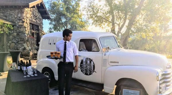 how-two-friends-started-a-30k-month-business-selling-craft-beer-from-vintage-trucks