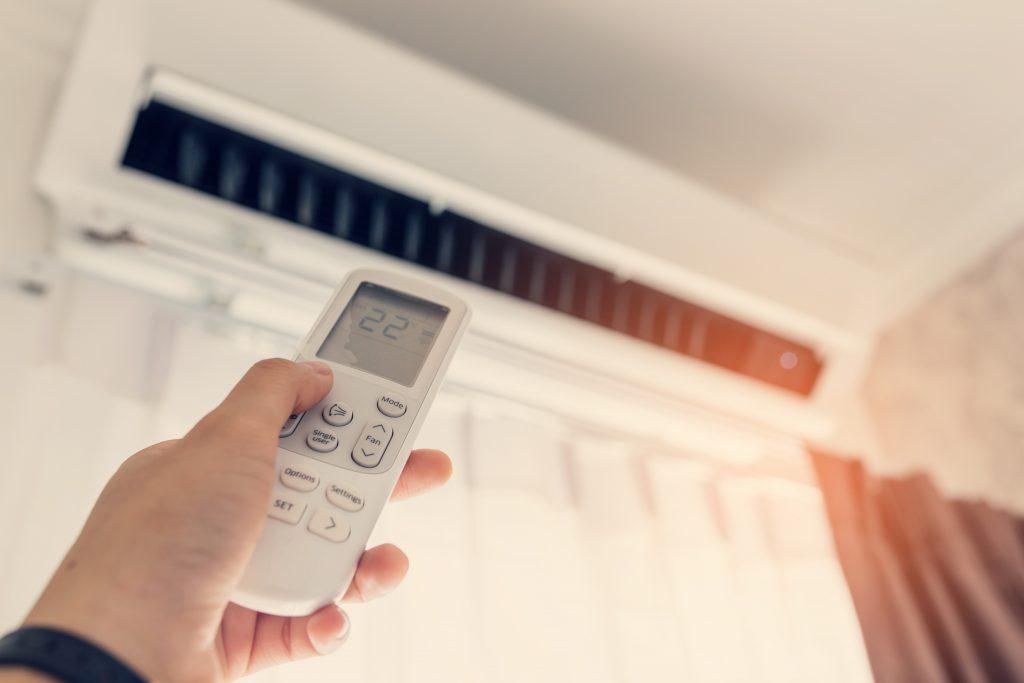 Como limpar o ar-condicionado corretamente?