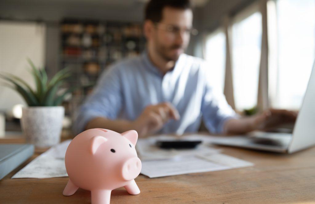 Como economizar dinheiro no seu dia a dia