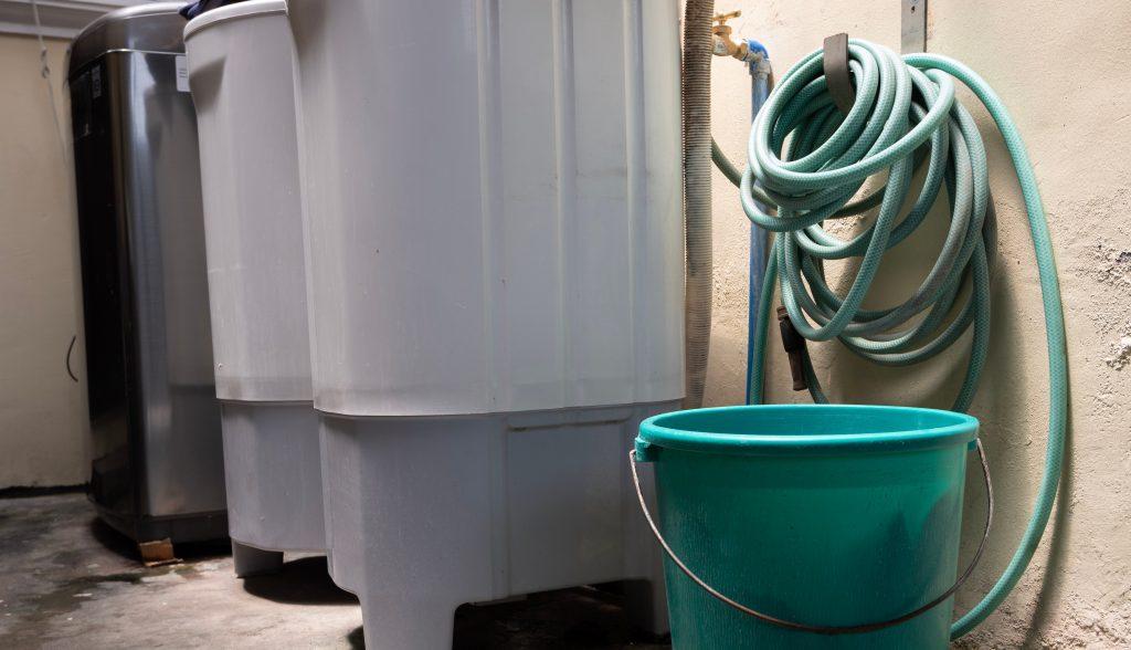 Como economizar água na máquina de lavar