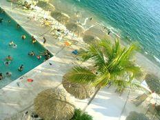 *A La Orilla Del Mar* Y Sobre PLAYA Departamento En Acapulco