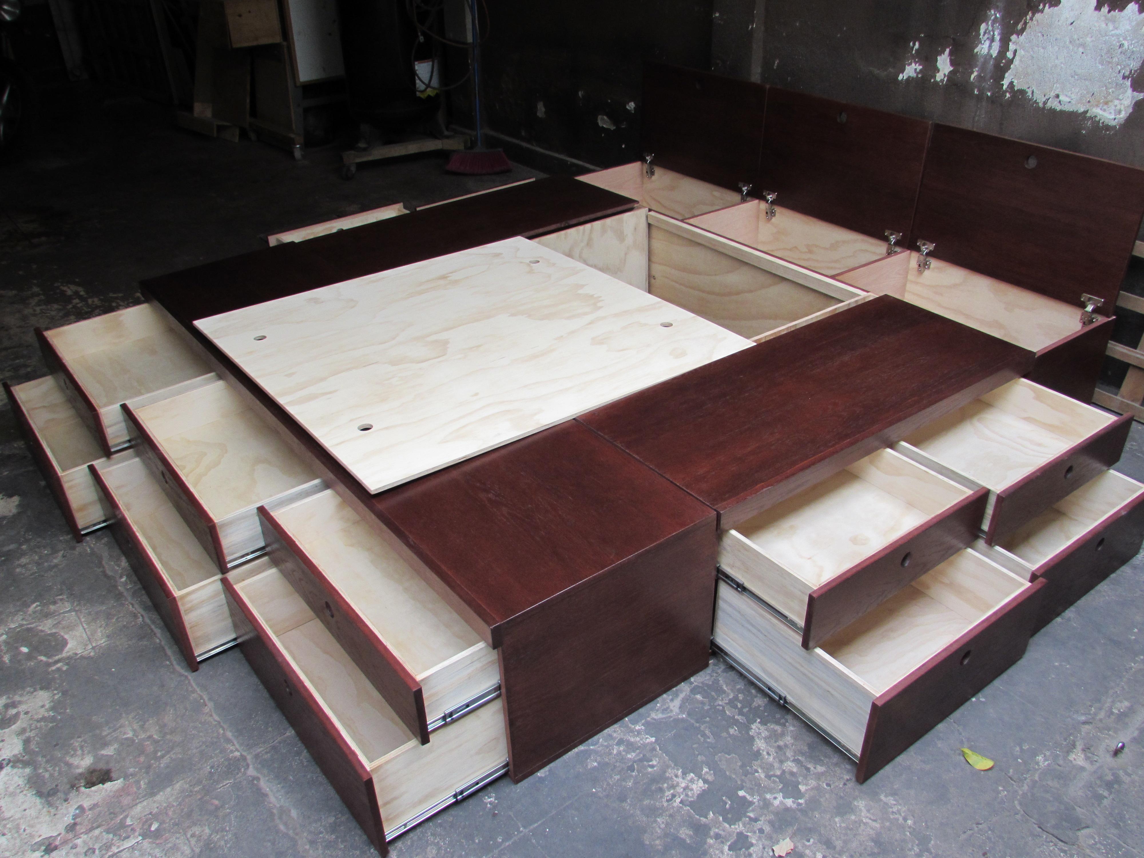 Bases de cama perfect sin imagen with bases de cama for Cama queen size con cajones