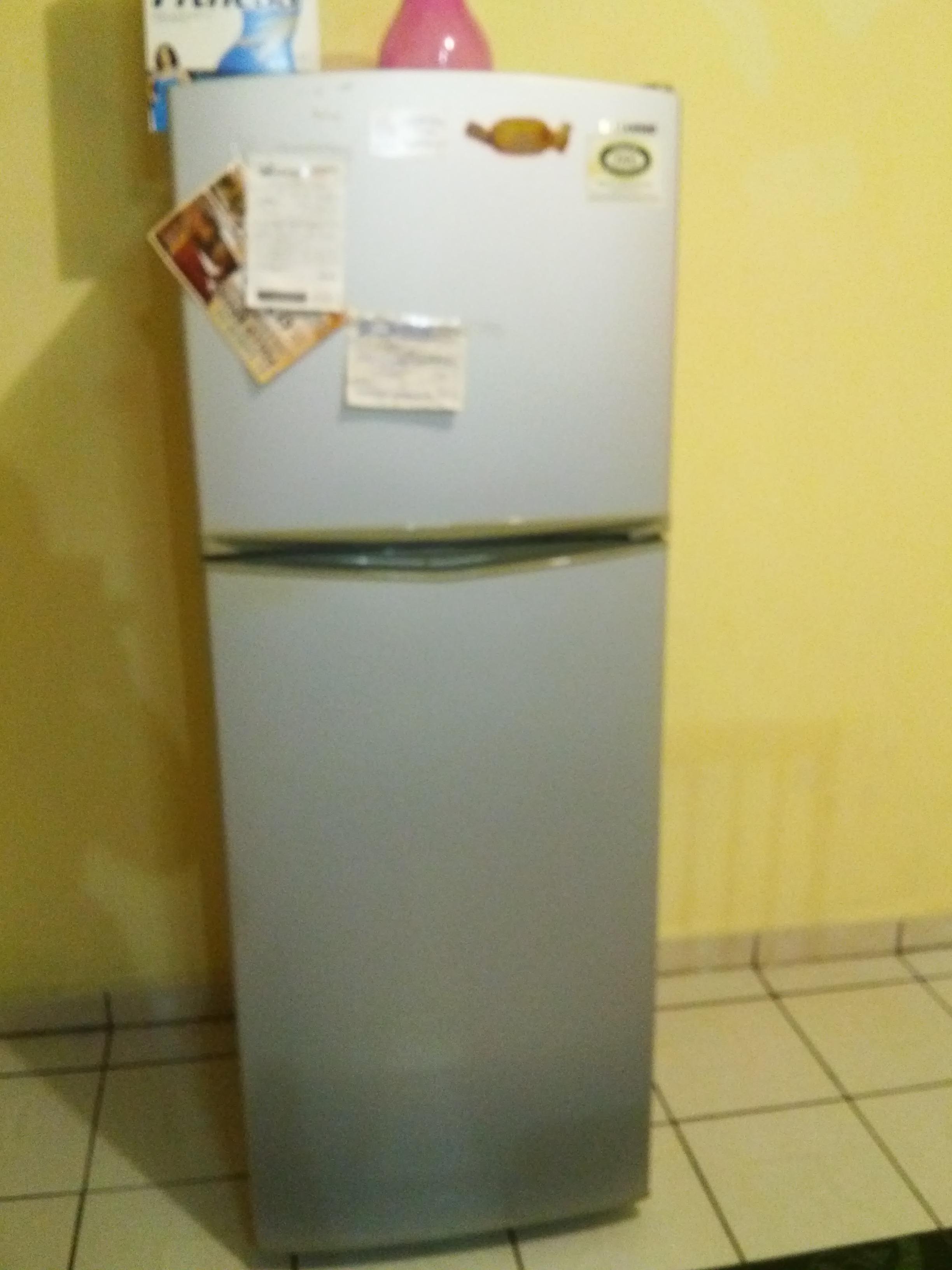 Comedor sala refrigerador recamara estufa y mueble for Mueble para estufa